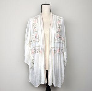Mysteree | White Boho Kimono Flower Embroidered